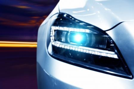 LED-Tagfahrlicht Autoschmiede-Halle